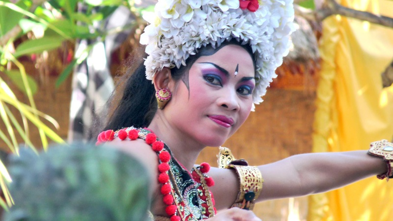 Danseuse Barong