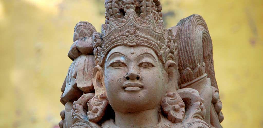 Statue dans un temple Balinais