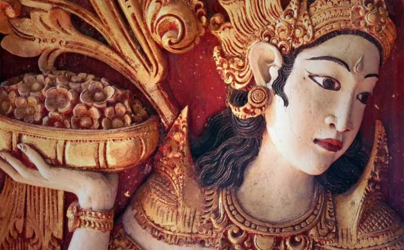 Sculpture bas-reflief à Bali